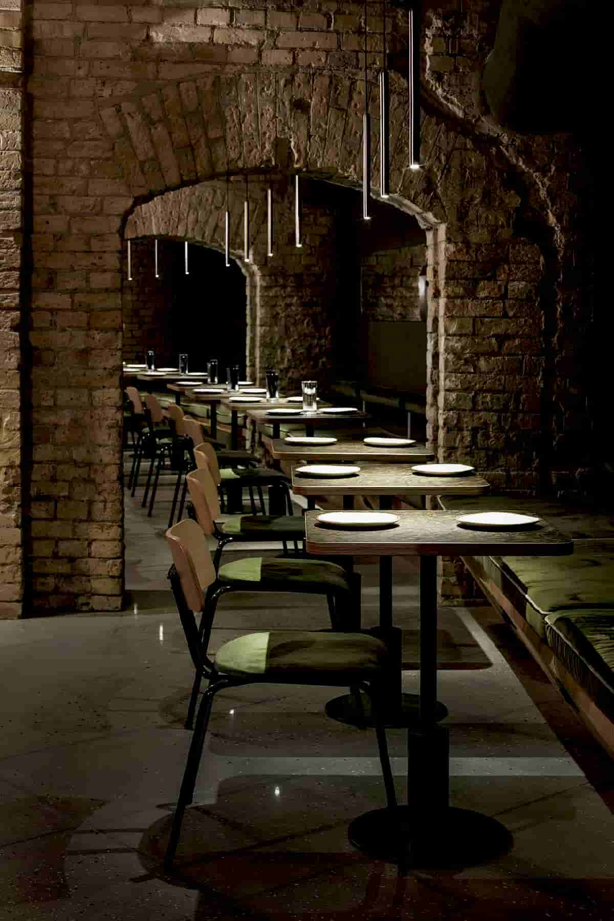 The Design as a Sublimely Chic Dungeon for Subterranean Allure of Balthazar Wine Bar in Kiev